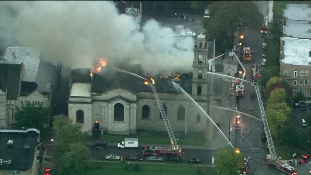 Brand unserer Kirche in Chicago